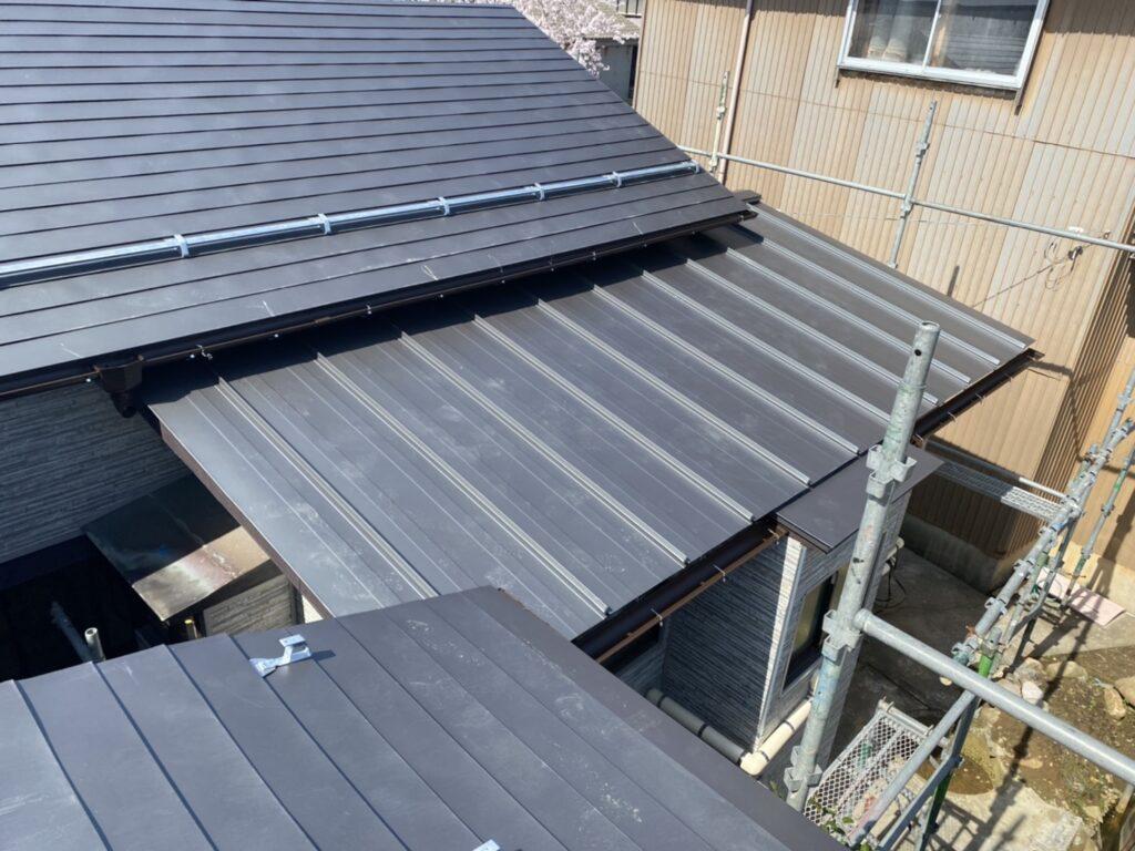 瓦屋根からガルバリウム系の屋根へ画像
