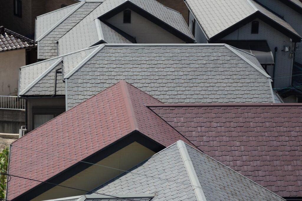 軽く見るのはとても危険!屋根の雨漏りについて画像